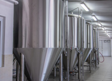 Industrial brewery (15 000 liters per day)